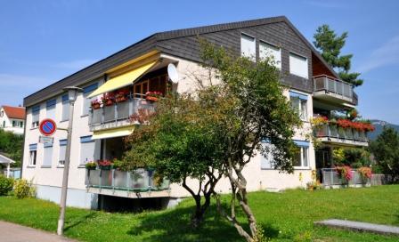 8-Familienhaus mit AEH Häslirainweg 12