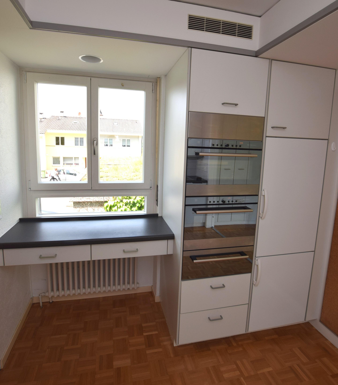 Kücheneinrichtung mit Frühstücksbar