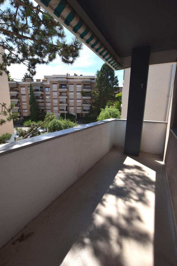 Balkon Hauseingangsseite