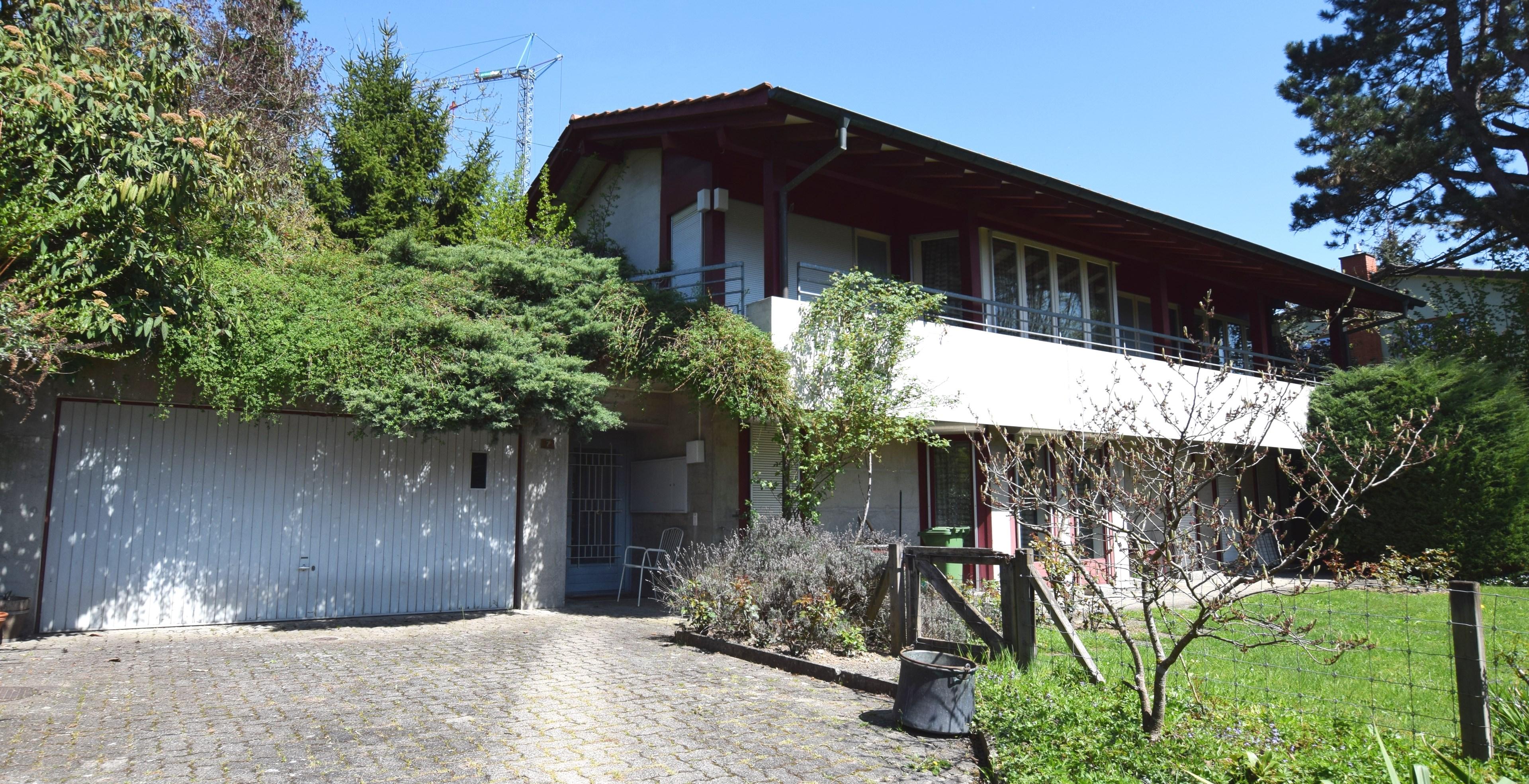 Doppelgarage , Hauseingang, Garten