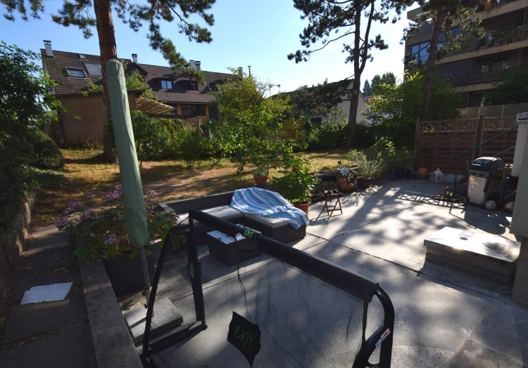 Gartensitzplatz mit Garten