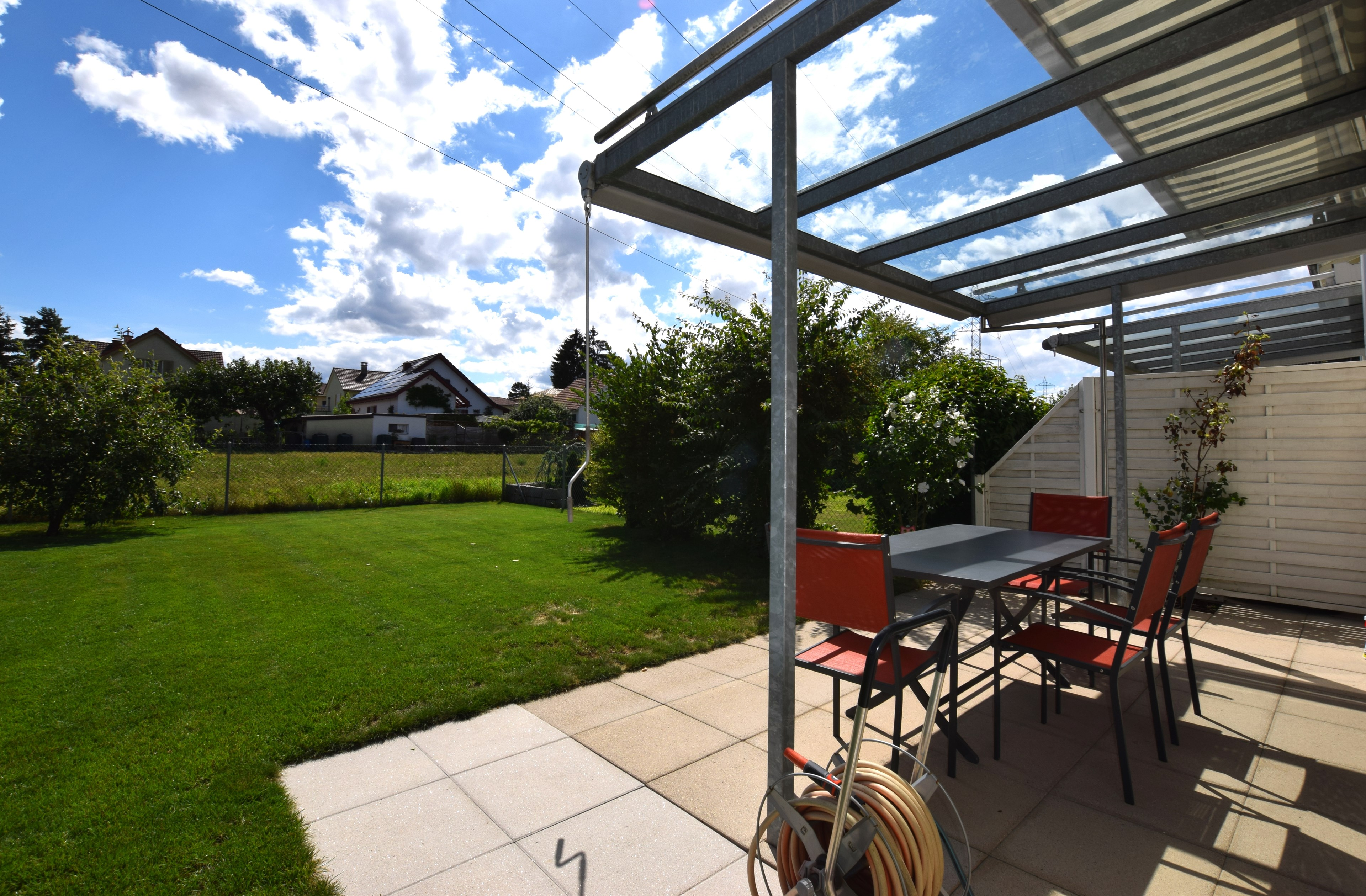 Gartensitzplatz und Garten